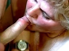 Grandma w young dude make oral love