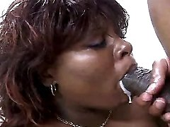 Hot black mature in xxx action