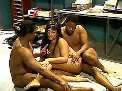 Lusty black mature model in tube sex videos