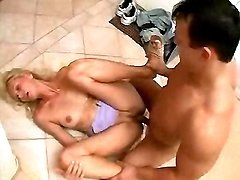 Blonde aged woman fucked