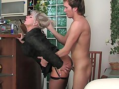 Jessica&Rolf irresistible mom on video