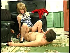 Patty&Morris hot mom on video