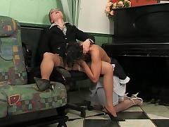 Rita&Gloria pussylicking mature on video