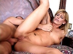 Dave Cummings has the perfect solution for these sexy housewives with insatiable appetite for fucking. Meet Darryl Hanah, a blonde housewife with a pretty face and a hot body. Watch her enjoy nonstop