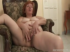 Older lady loves being filmed during sex