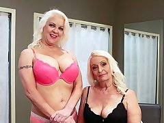 Veronica Vaughn is a mom, and Vikki is her daughter!
